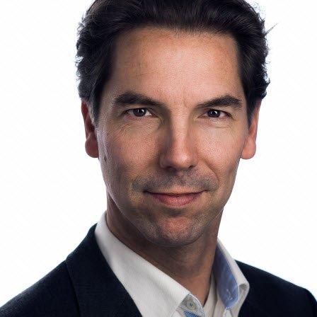 Auteur: Stephan Zwanikken (foto: portretstudio-apeldoorn.nl)